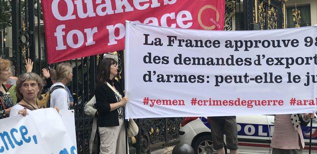 Kväkare i manifestation för fred i Paris
